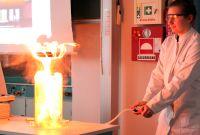 Explosionsgefahr-im-Chemieunterricht-7